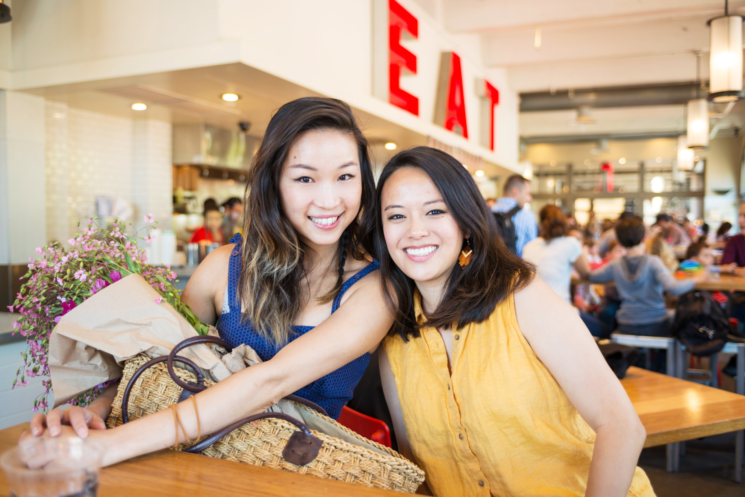 Le due ideatrici del progetto Make American Dinner Again, Justine Lee e Tria Chang