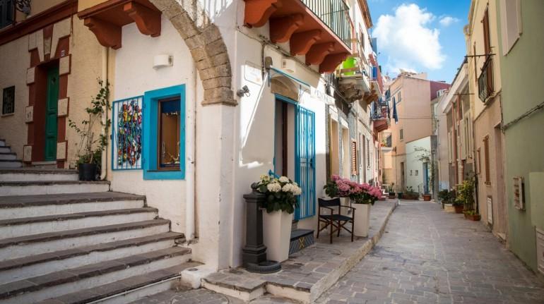A Carloforte l'influenza genovese e africana si vede nell'architettura del borgo